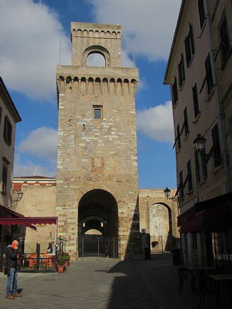 Piombino Photos - Featured Images of Piombino, Province of