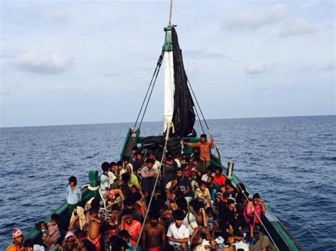 Malaysia: court ruling against caning Rohingya refugees