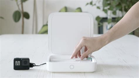 This sanitizing device kills bacteria and charges your