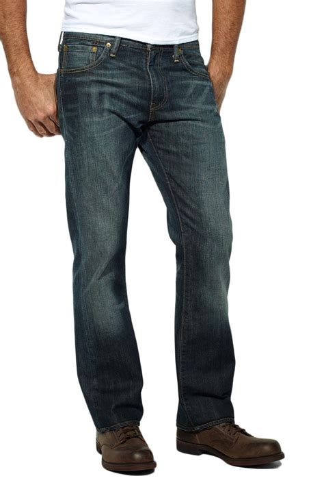Bootcut Jeans – In oder Out? - Mode & Styles | Jeans-Meile