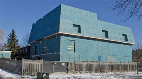 """Judge upholds decision on """"monster"""" home"""